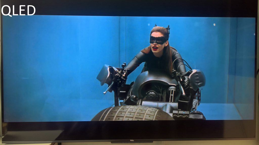 TCl QLED vs Philips IPS Catwoman